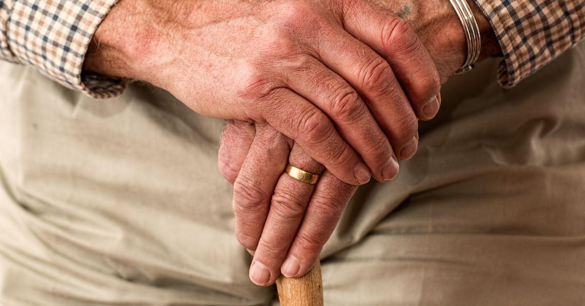 Jakie produkty ułatwią życie seniorom? Praktyczne akcesoria dla osób starszych