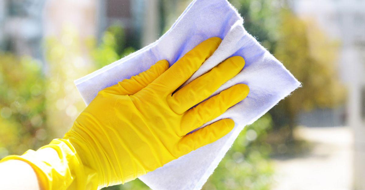 Mycie okien – 3 rady jak skutecznie umyć okna bez smug