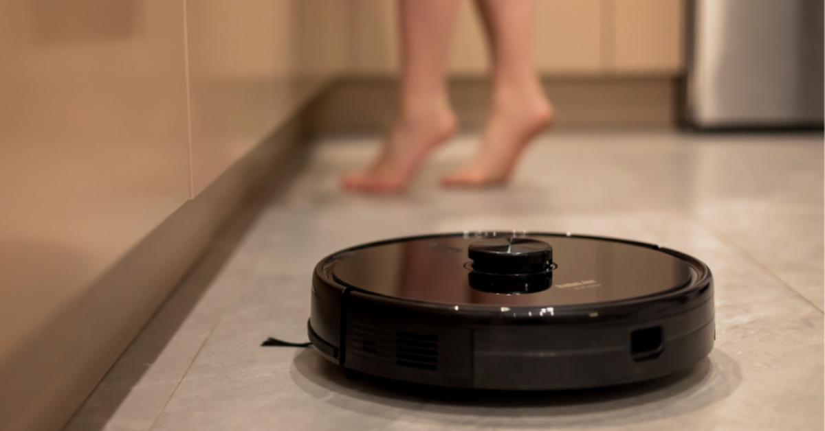 Jak wybrać robota sprzątającego do swojego domu? – ARCHON+